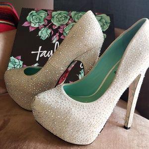 "Taylor Says Shoes - TaylorSays Silver ""Til Death"" pumps"